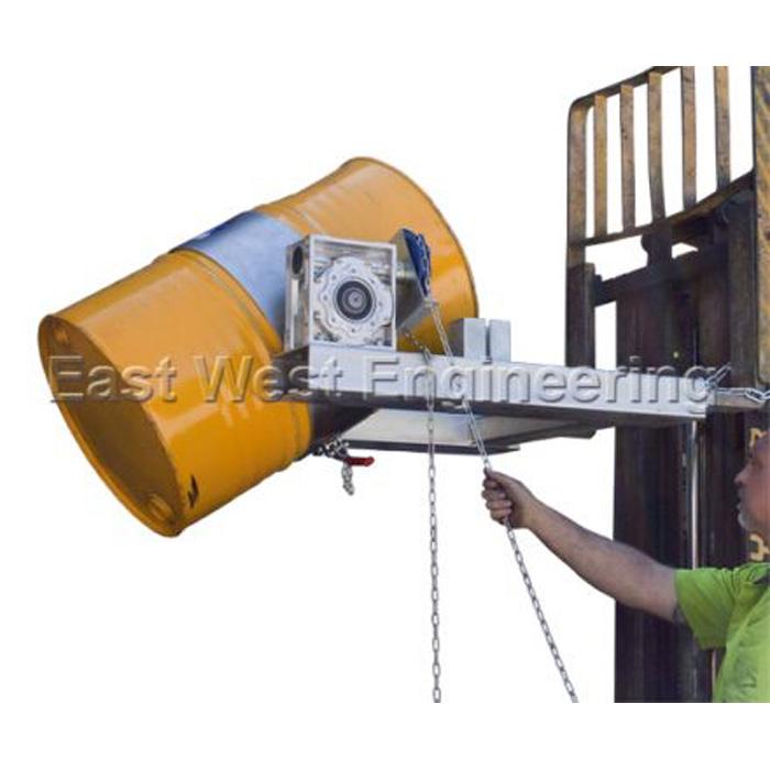 forklift drum handler 302800 lift and shift forklifts telehandlers blacktown sydney. Black Bedroom Furniture Sets. Home Design Ideas